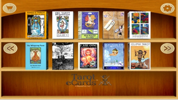 Tarot e Screen Shot Decks Shelf 600