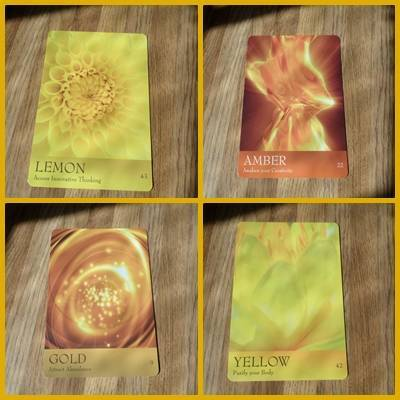 Gold oracle cards