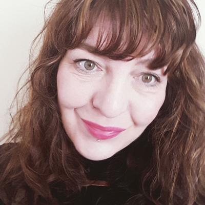 Emma Lloyd headshot